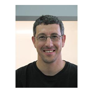 Barak Blum headshot